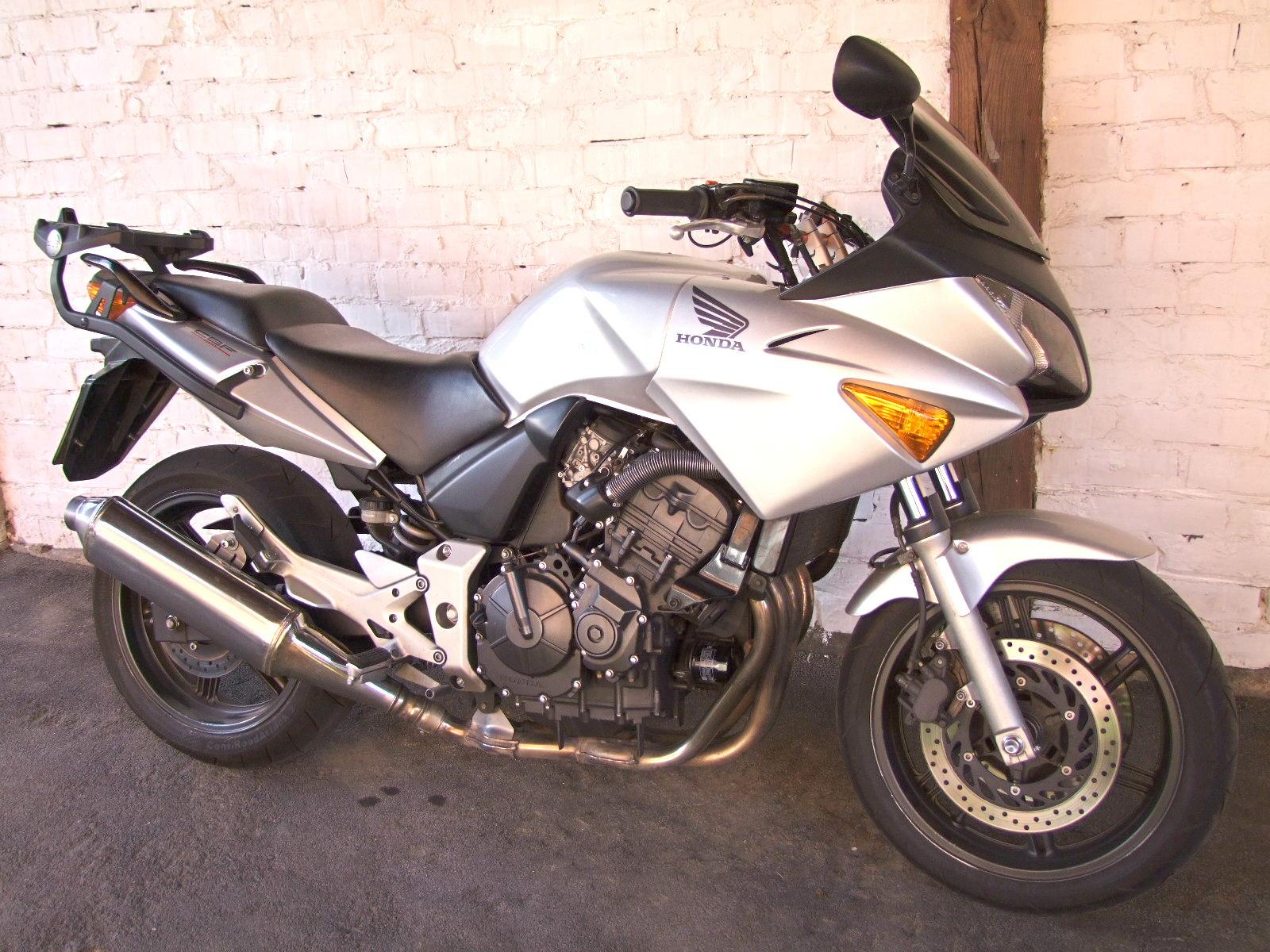 CBF 600 S 78 PS